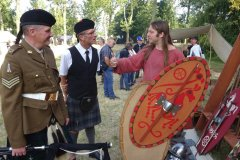 """Les Celtes ont vécu à travers bien des époques. Des gaulois """"laténiens"""" (du nom du site archéologique de La Tène et de la période caractérisée par celui-ci) aux écossais modernes"""
