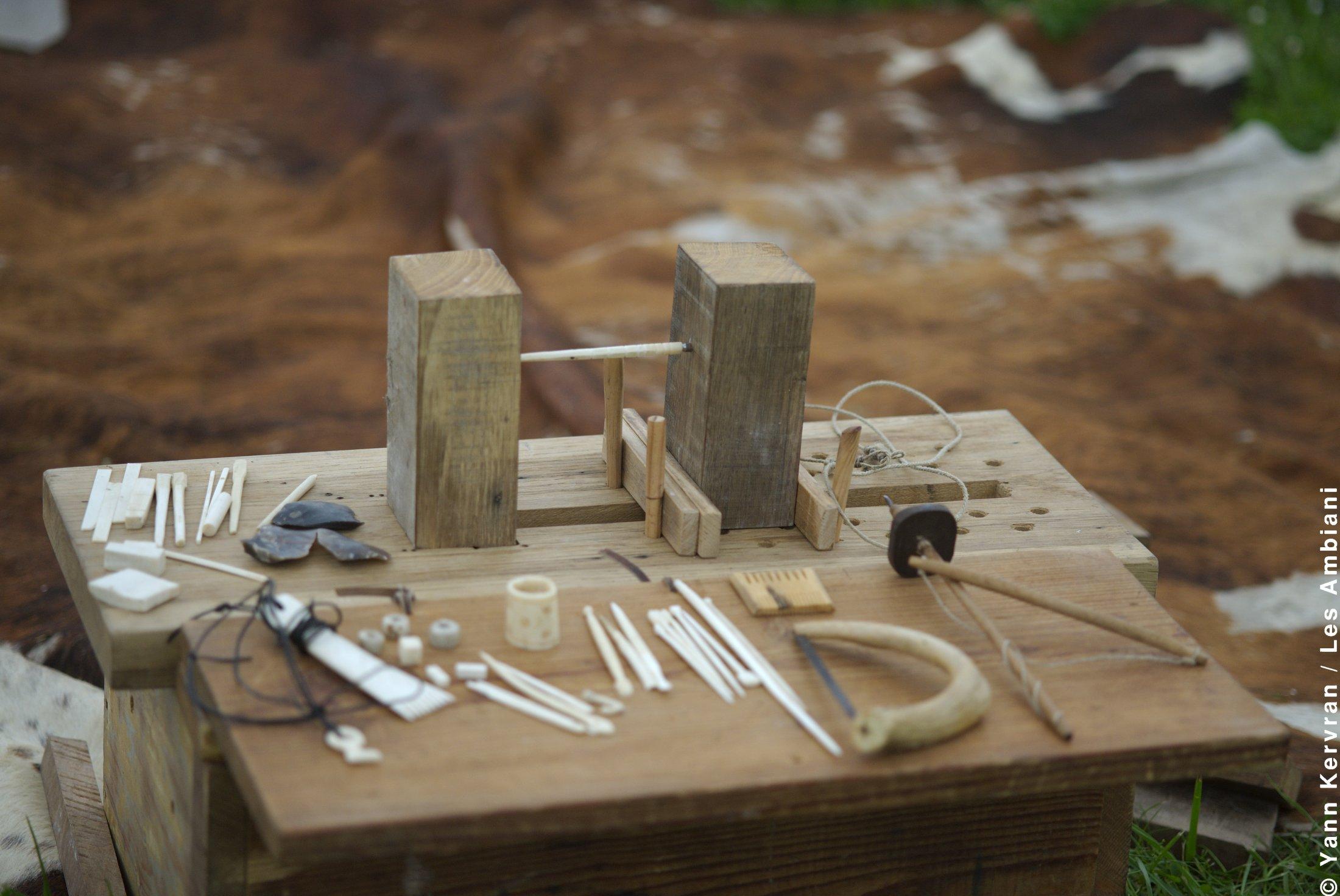 Atelier tabletterie (Travail de l'os)